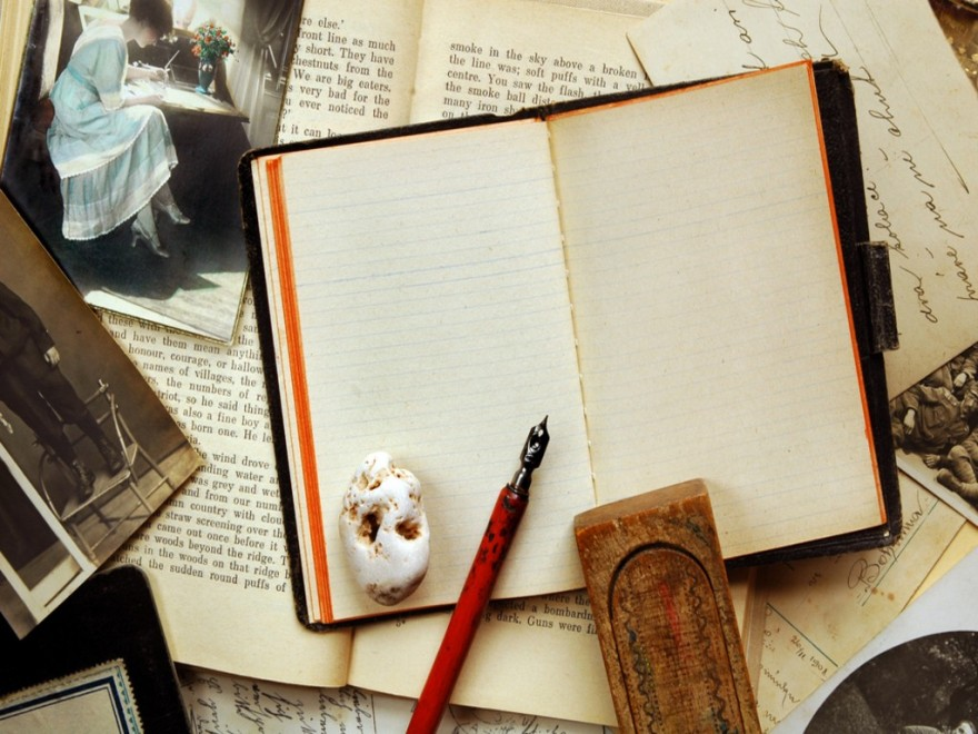 Vintage_background_with_old_note_book